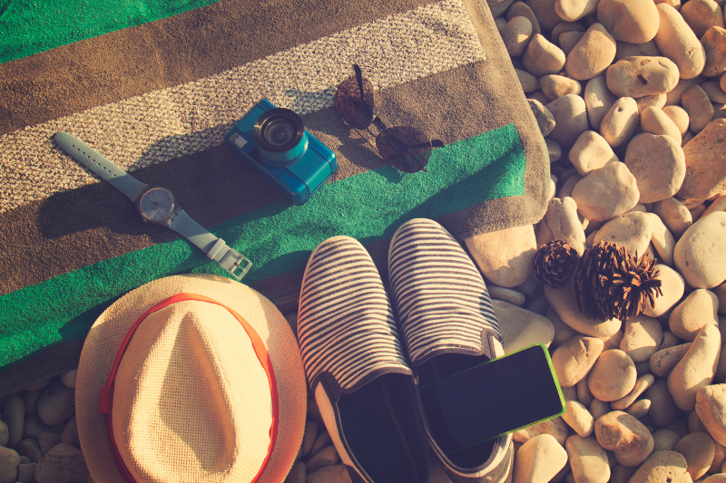 5 Smart Tips for Summer-Proofing Your Phone