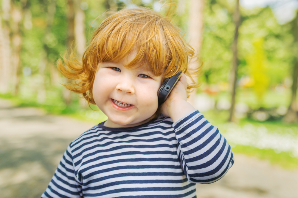 5 Summer Cellphone Safety Tips for Kids