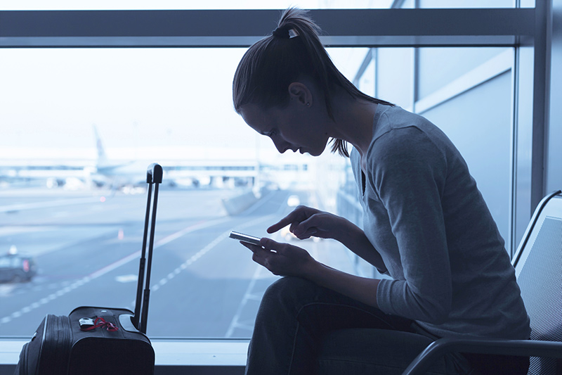 No Wi-Fi on Your Flight? Survive With Our Tips & Advice