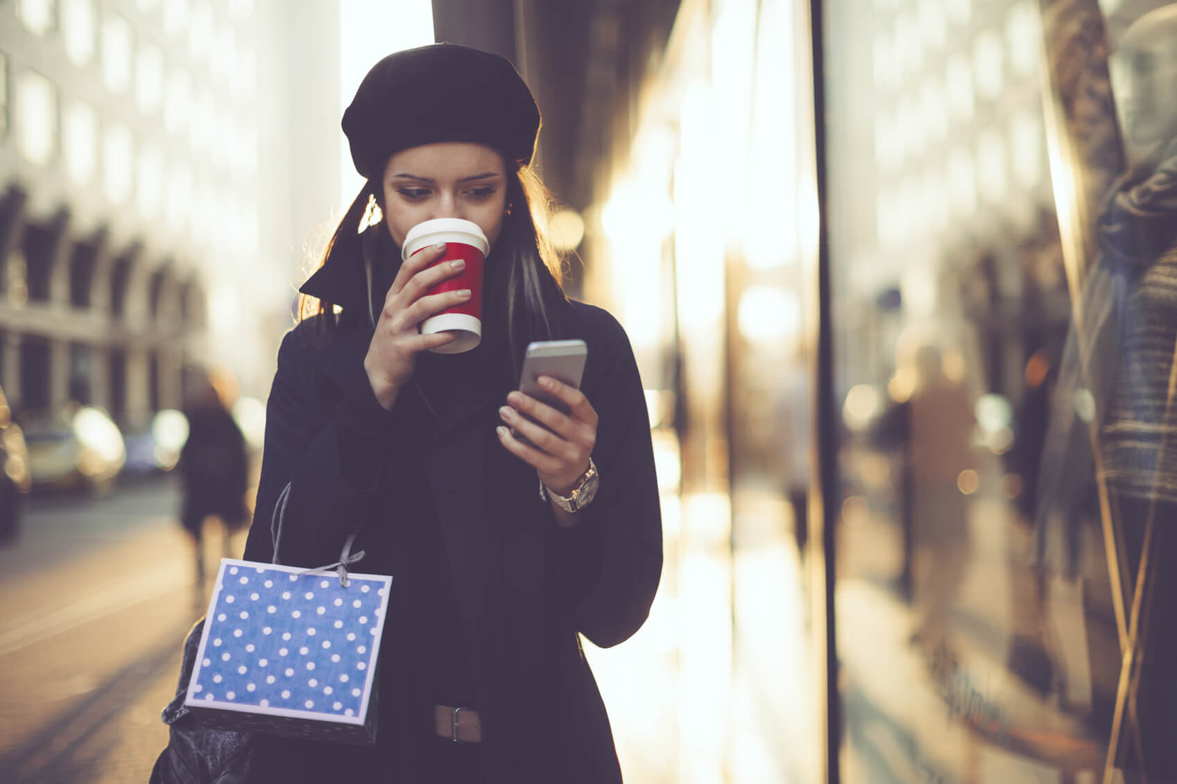 Your Phone is Key to Beating the Black Friday Bustle