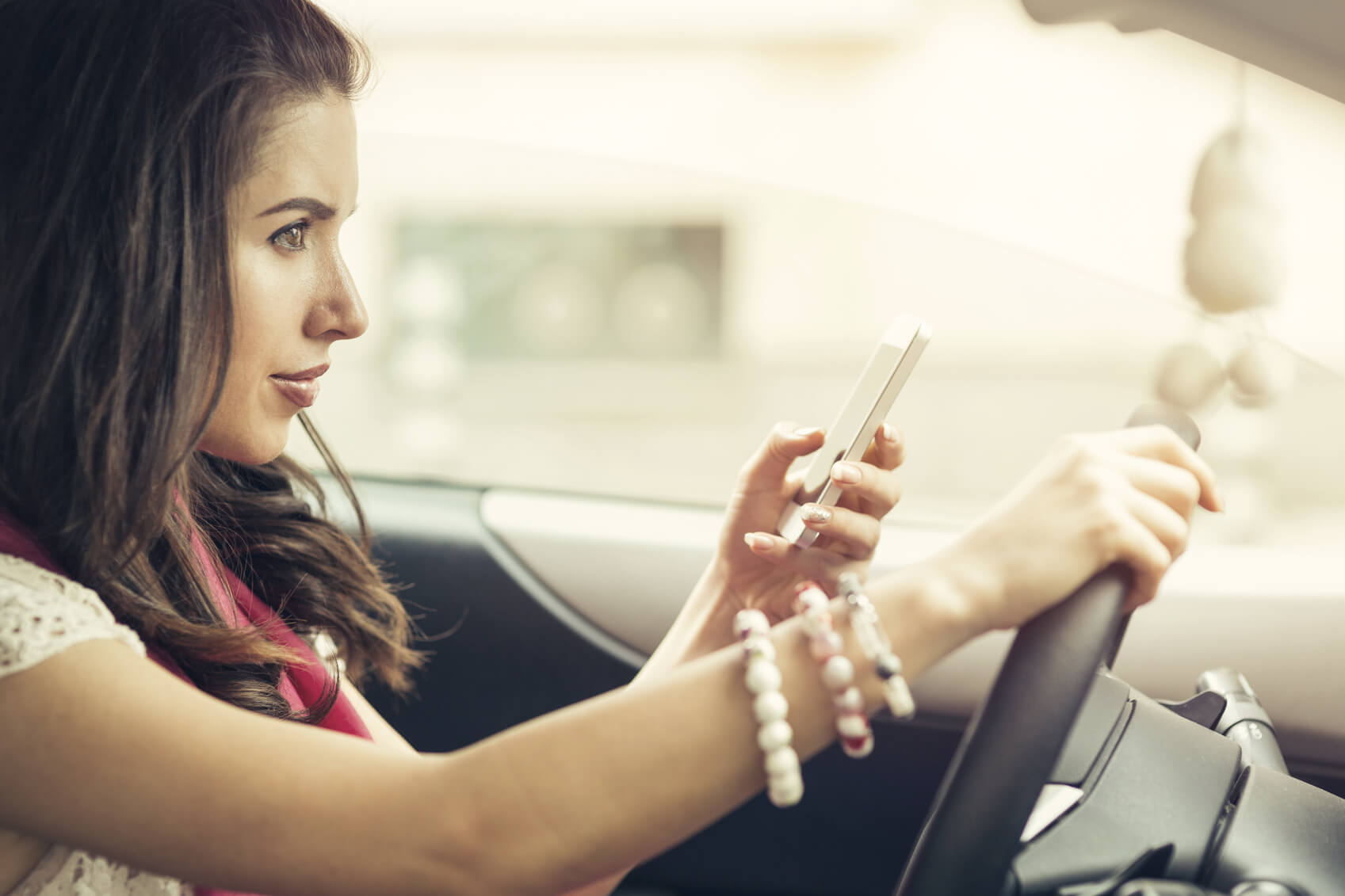 How Technology Can Protect Teens from Distracted Driving