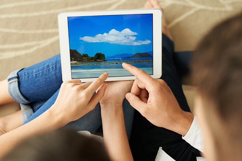 Before You Leave – Download the Top Vacation Apps For Digital Savvy Travelers