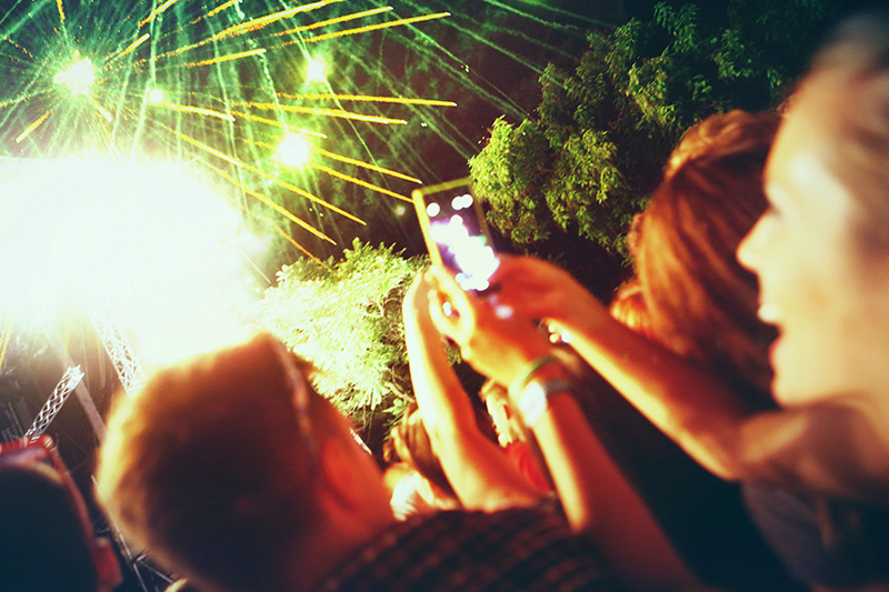 8 Ways to Capture the Best Fireworks Photos with Your Phone