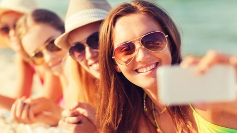 Lose Your Phone on Spring Break? You're Three Times More Likely to Get Your Device Returned with This One Tip